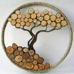 Художественное произведение из натурального дерева