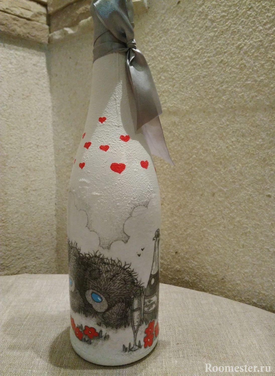 Рисунок на бутылке
