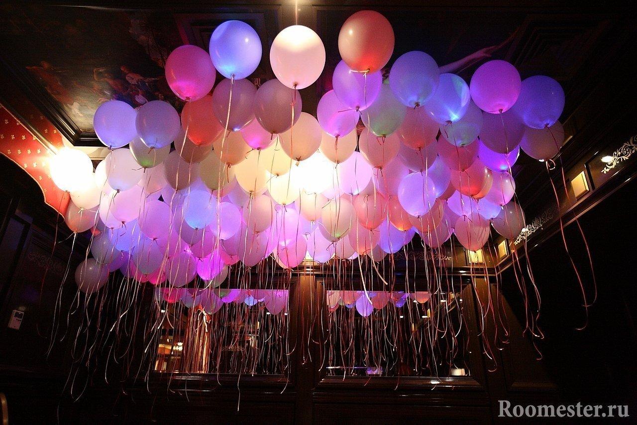 Лампочки внутри воздушных шаров