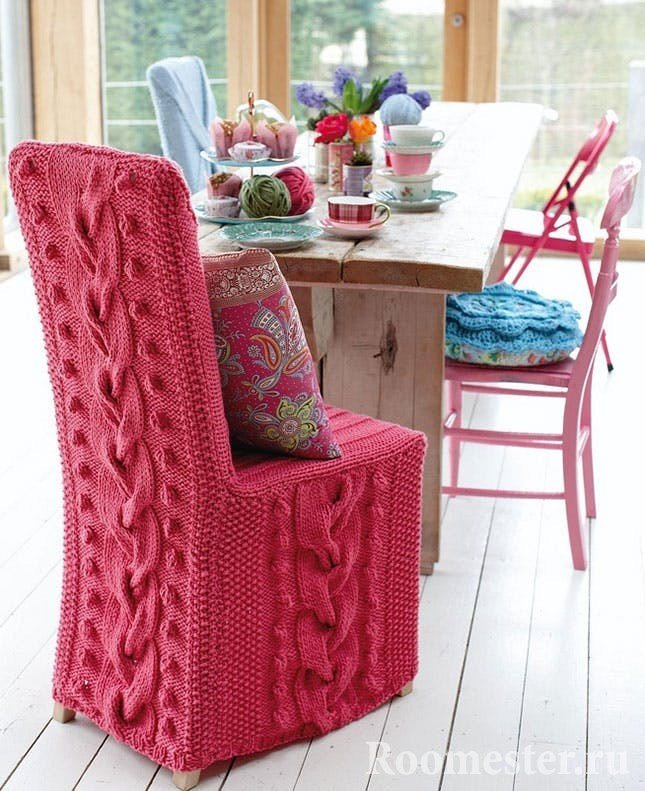 Вязанные чехлы на стул