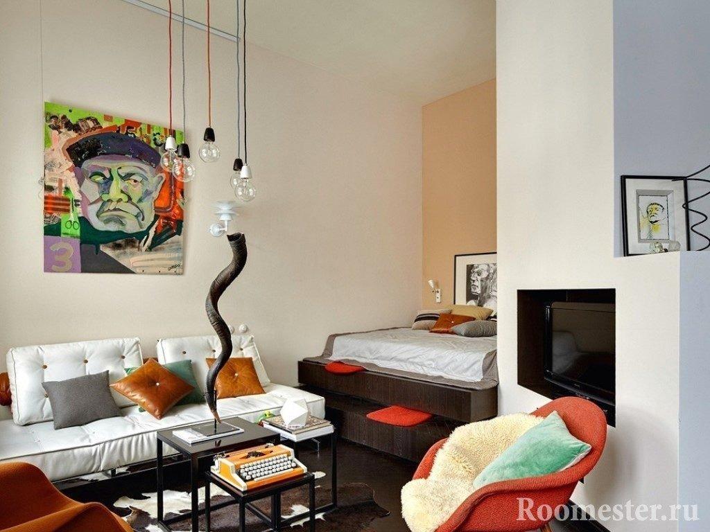 Кровать в нише 18-метровой комнаты