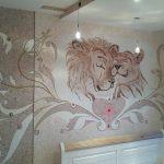 Львы на стене