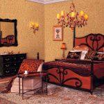 Спальня с шикарной мебелью