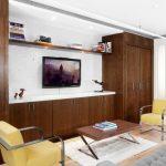 Комната с необычной мебелью