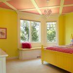 Яркий дизайн спальни