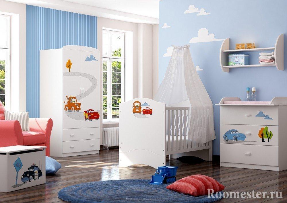 Герои из мультика на детской мебели