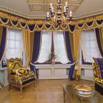 Сине-золотые шторы в восточном стиле