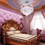 Сиренево-золотой интерьер спальни