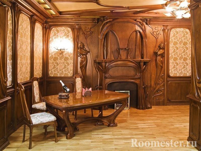 Интерьер из дерева со столом и креслами