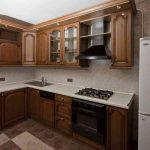 Мебель из дерева на кухне
