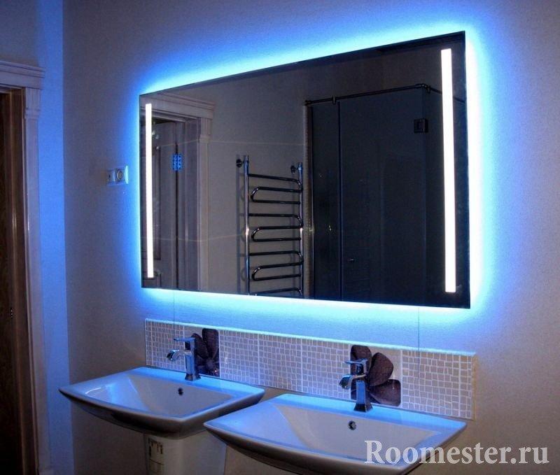 Зеркало с неоновой подсветкой