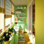 Яркий дизайн балкона