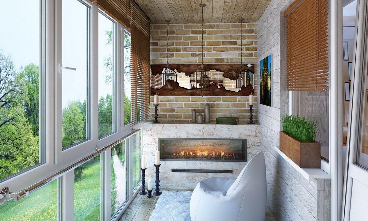 Дизайн балкона с декоративным камином