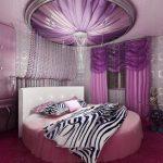 Спальня с необычным дизайном