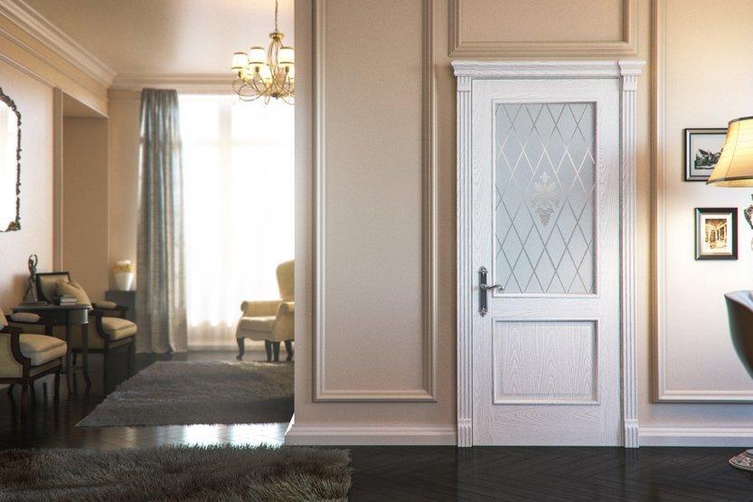 Белая дверь в интерьере