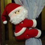 Санта-Клаус на занавеске