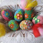 Яркое оформление яиц