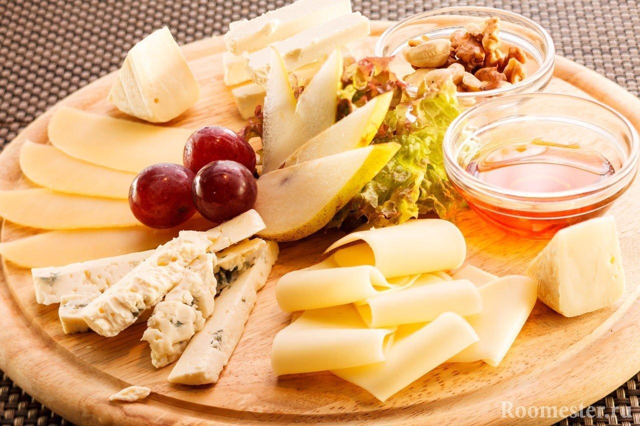 Оформление сырной тарелки