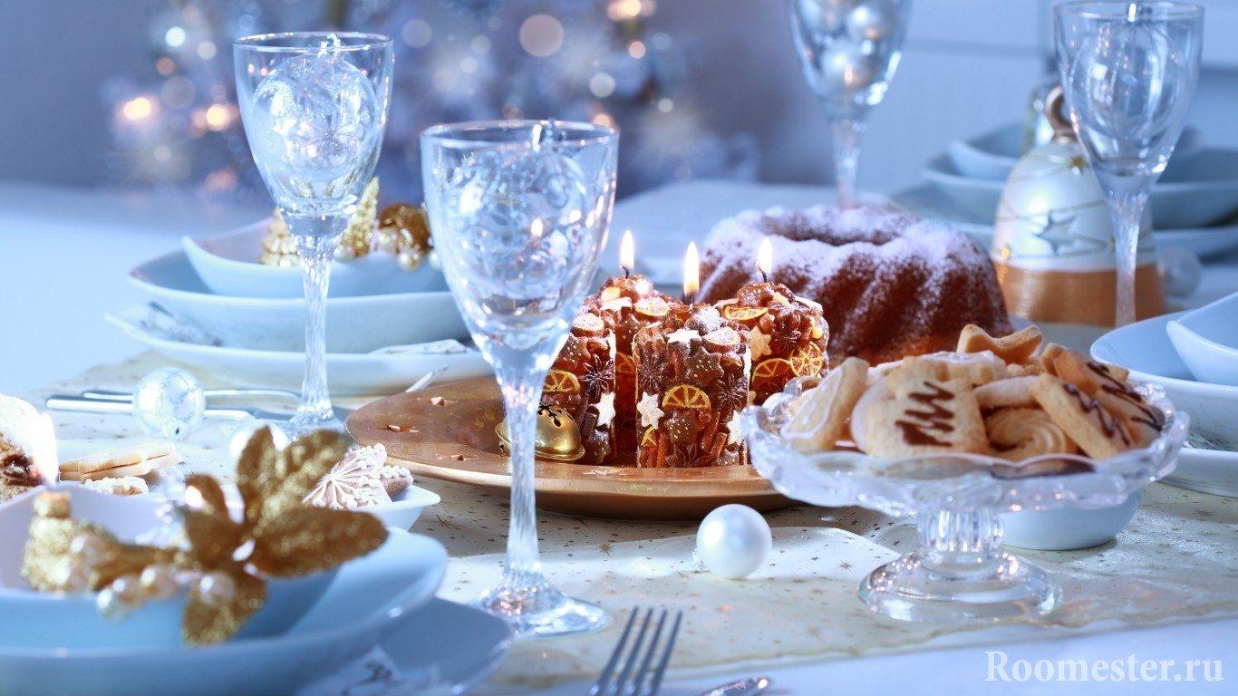 Сияние хрустальных бокалов на праздничном столе
