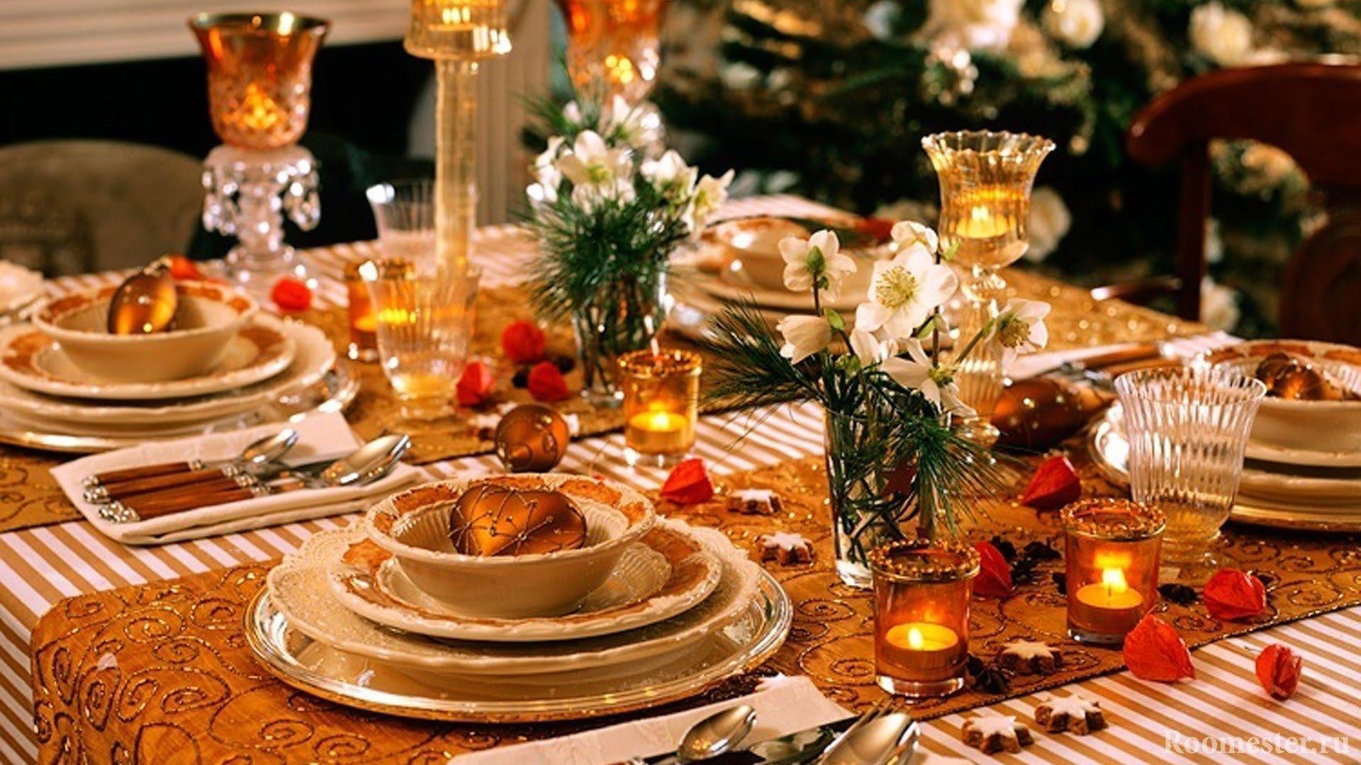 Декор стола свечами и цветами