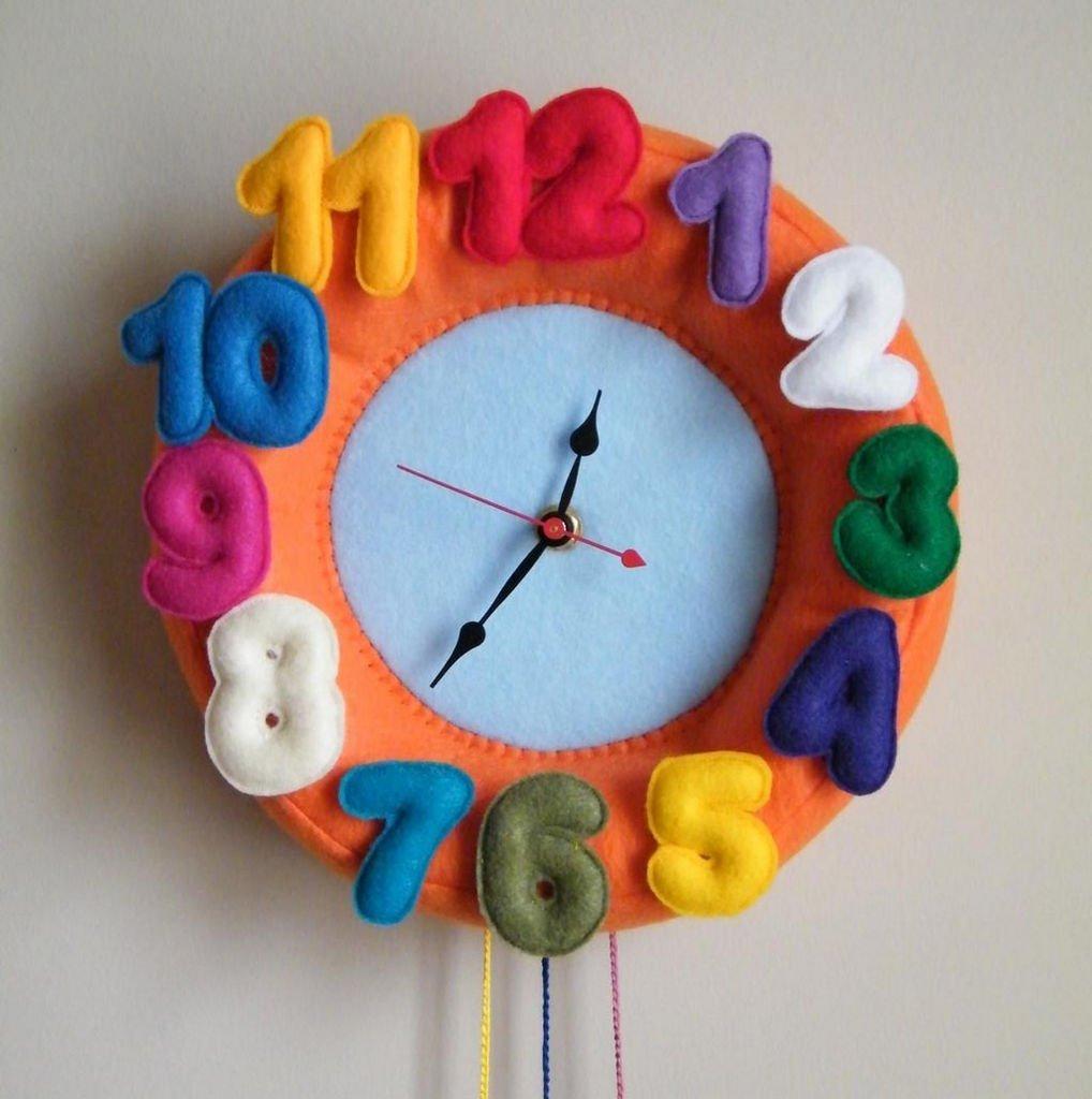 Часы из текстиля