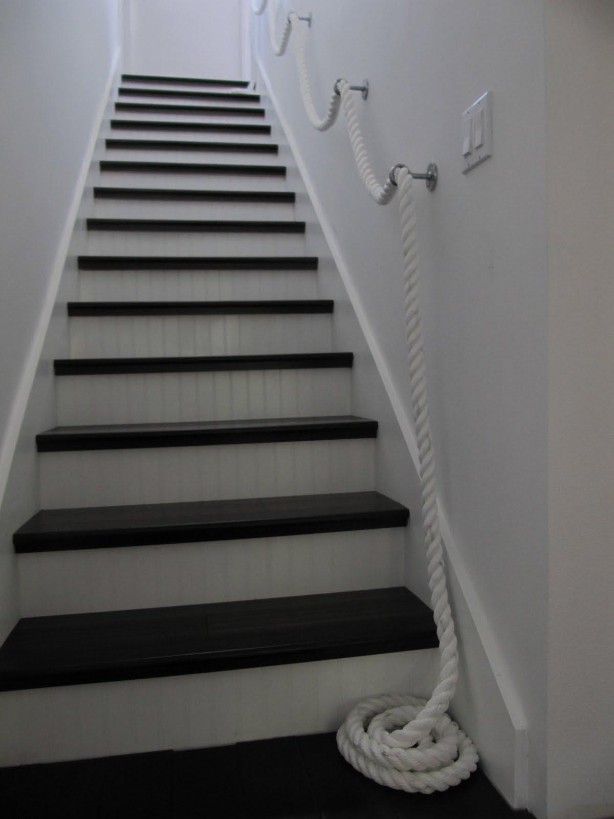 Перила из каната на лестнице