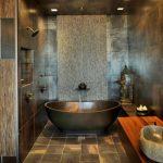 Темный интерьер ванной
