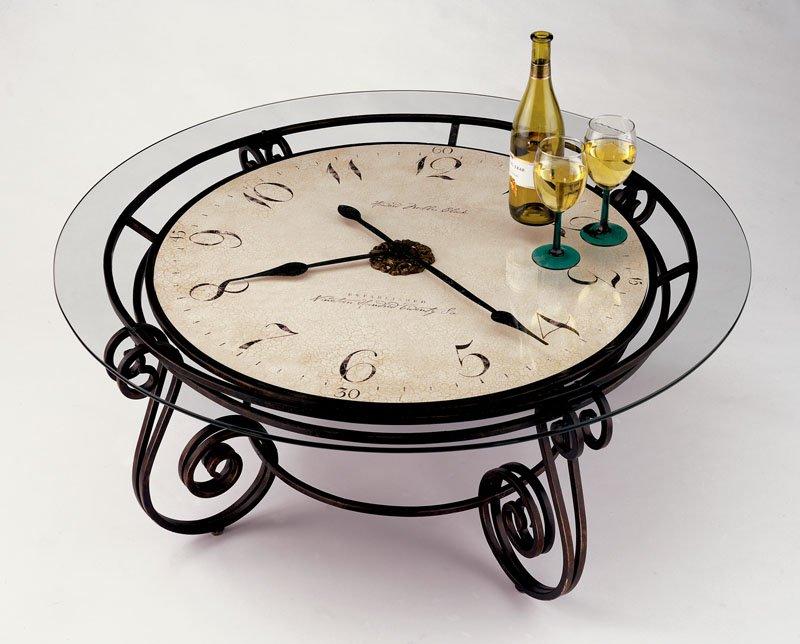 Столик со столешницей-часами
