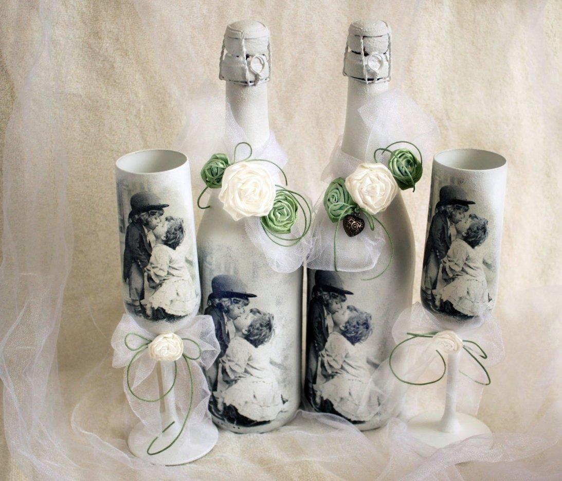 Декупаж свадебных бутылок
