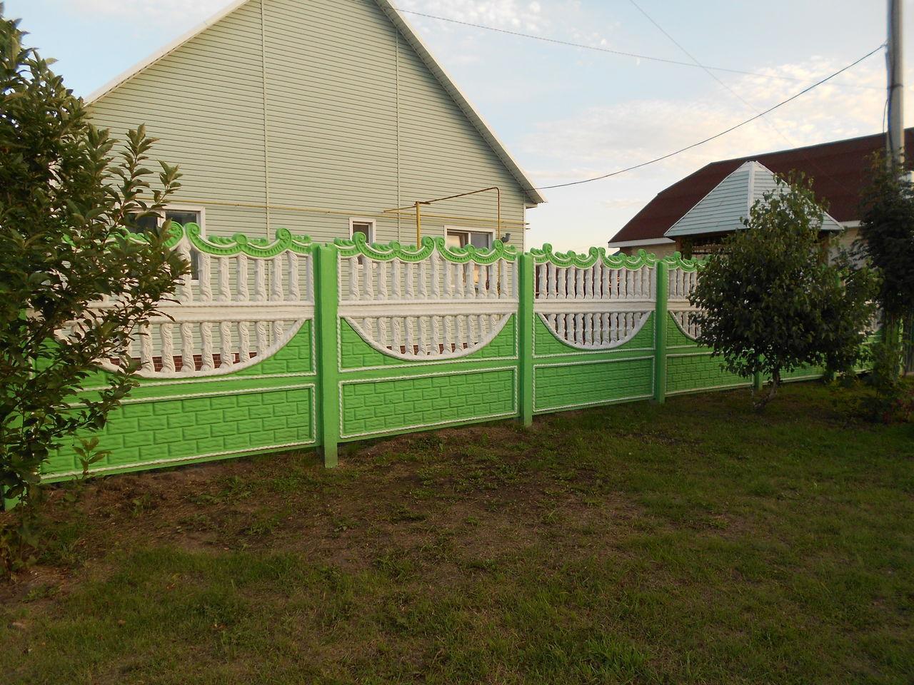 Декоративный забор из подручных материалов — варианты дизайна