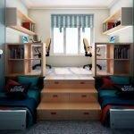 Кровати у подиума