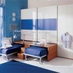 Шкаф с выдвижными кроватями