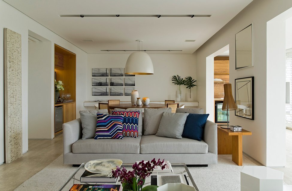 Светлая гостиная в квартире