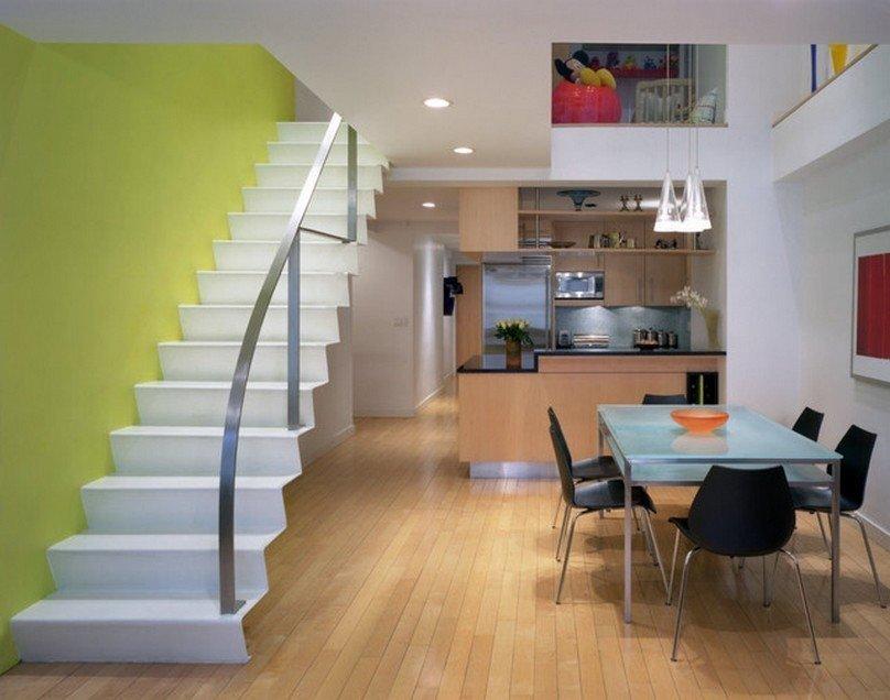 Белая лестница в стиле минимализма