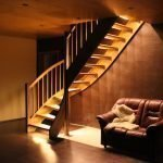Подсветка на лестнице