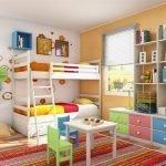 Разноцветная мебель в детской