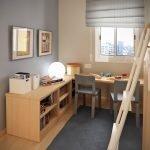 Детская комната с деревянной мебелью
