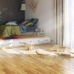 Светильник из ветки над кроватью