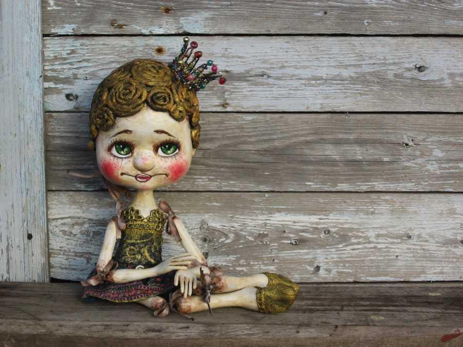 Кукла из папье маше