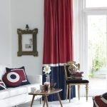 Стильные красные шторы