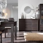 Мебельный гарнитур из натурального дерева