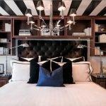 Черно-белый полосатый потолок