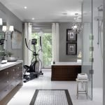 Просторная ванная в частном доме