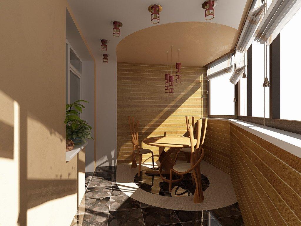 Мебель из дерева на маленьком балконе