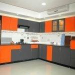 Серо-оранжевый кухонный гарнитур