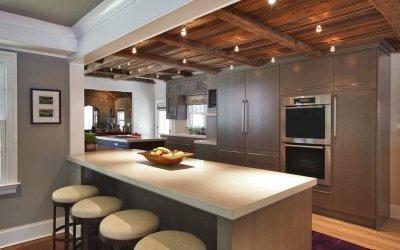 Дизайн потолка на кухне +50 фото примеров