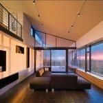 Модульный диван напротив окна