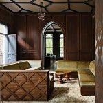 Арка в готическом стиле в интерьере