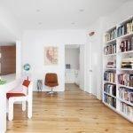 Книжные шкафы в детской