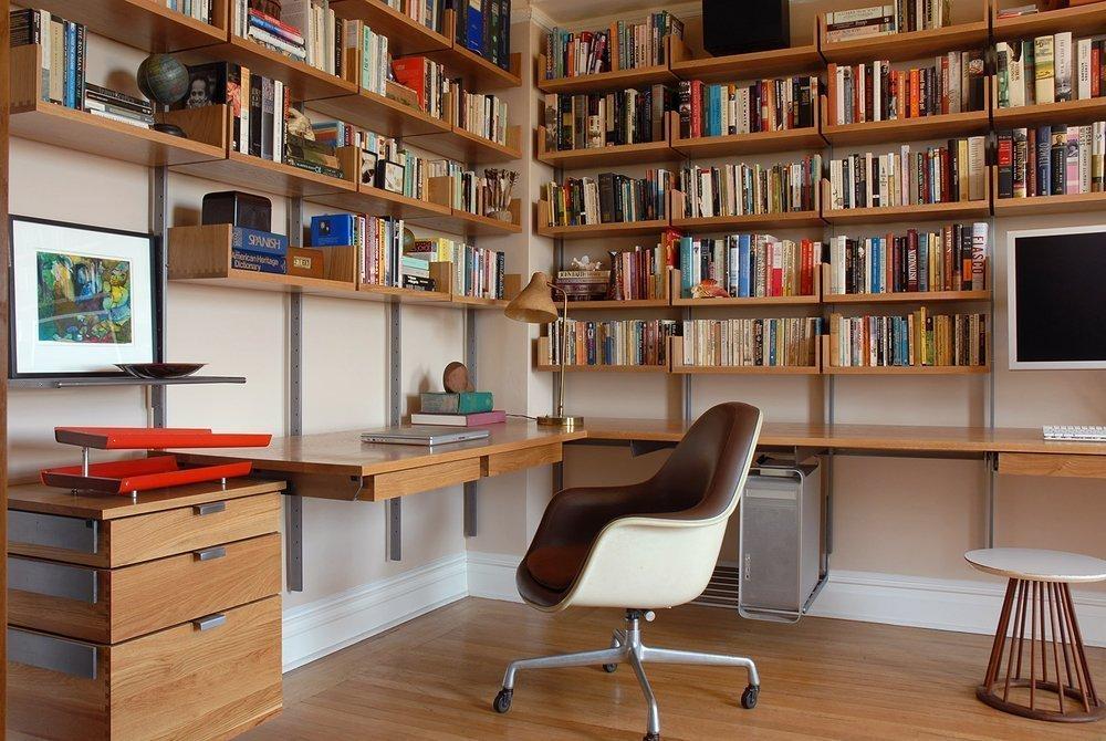 Кабинет с книгами